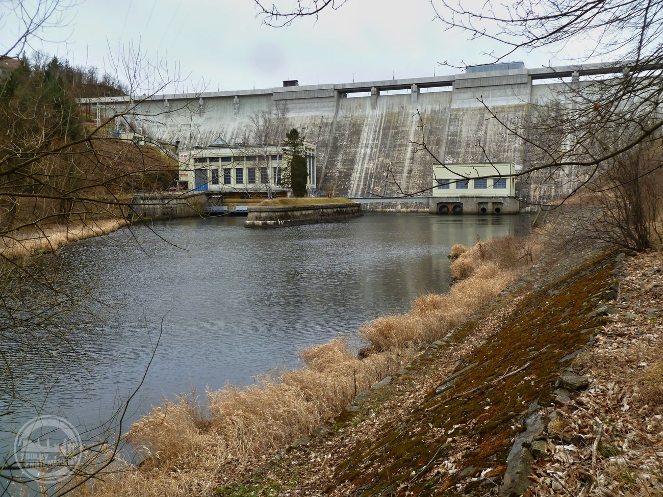 Pod Vranovskou přehradou